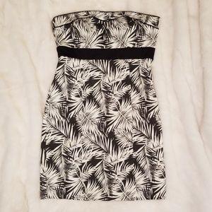 H&M Strapless Hawaiian Tropical Palm Leaf Dress